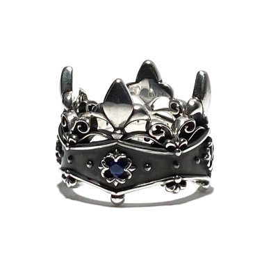 王冠デザインのペアリング「リリークラウンリング」
